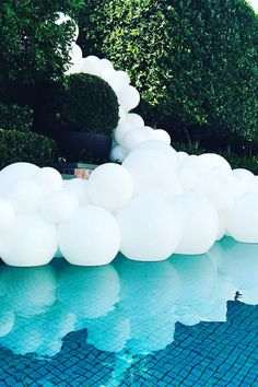Pool Decor Ideas For Your Backyard Wedding ❤ See more: http://www.weddingforward.com/wedding-pool-party-decoration-ideas/ #weddings