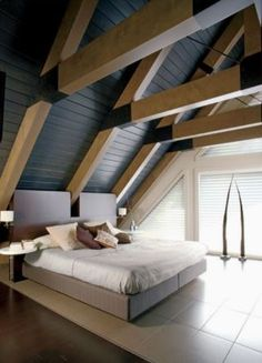 Farmhouse Bedroom Ideas Design & Decor - Comfortable, lovely, and full of charisma, farmhouse bedroom design is more famous than ever A Frame House Plans, A Frame Cabin, Triangle House, Modern Farmhouse Bedroom, Rustic Farmhouse, Tiny House Cabin, House In The Woods, New Homes, Tiny Homes