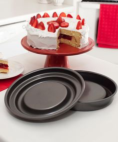 Look at this Fill & Flip Locking Layer Cake Set on #zulily today!