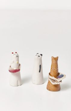 These Animal RING holders are adorable. Handmade ceramic in Japan. Cat Fox P - Cell Phone Ring Holder - Ideas of Cell Phone Ring Holder - These Animal RING holders are adorable. Handmade ceramic in Japan. Cat Fox Panda 3 high Made in Japan Ceramic Jewelry, Ceramic Clay, Porcelain Ceramics, Ceramic Pottery, Pottery Plates, Slab Pottery, Pottery Wheel, Thrown Pottery, Pottery Mugs