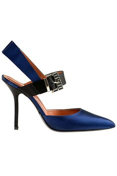 Alberta Ferretti F/W two color satin pump. Fashion Moda, Fashion Shoes, Blue Fashion, Shoe Boots, Shoes Sandals, Prada, Valentino, Mode Shoes, Dior
