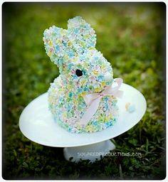 .Easter bunny cake
