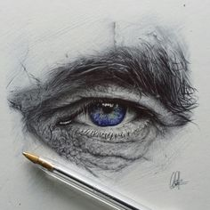 Pencil Portrait Mastery - Chris Herrera - I think eye drawings are a little cliché, but doesnt change the fact that they can be damn awesome - Discover The Secrets Of Drawing Realistic Pencil Portraits Eye Pencil Drawing, Realistic Pencil Drawings, Art Drawings, Drawing Eyes, Drawing Of An Eye, Ballpoint Pen Drawing, Human Drawing, Drawings Of Men, Realistic Eye Sketch
