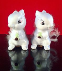 SQUIRRELS with FURRY Tails Salt and Pepper Set - Never Used  Enesco Vintage