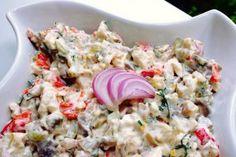 Salata de pui cu ciuperci si maioneza Salad Sauce, Pasta Salad, Cold Vegetable Salads, Tapas, Dinner Party Recipes, Romanian Food, Cooking Recipes, Healthy Recipes, Healthy Habits