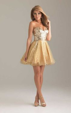 great dress for a hollywood themed dance @Jess Pearl Pearl Pearl Pearl Liu buhl it's my shoes in dress form!!!