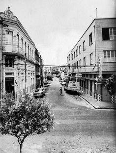 Rua Joaquim Sarmento, no Centro. Manaus. Acervo: Moacir Andrade.