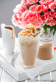 Frappuccino (just like the Starbucks one) Frappuccino, Frappe, Coffee Cafe, Iced Coffee, Coffee Maker Machine, Starbucks, Coffee Gifts, Coffee Recipes, Delicious Desserts
