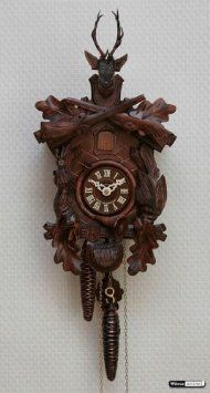 Amazon.com: German Cuckoo Clock 1-day-movement Carved-Style 18 inch - Authentic black forest cuckoo clock by Hekas: Home & Kitchen