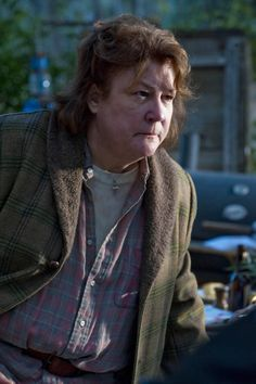 Margo Martindale blew my mind on Justified Justified Tv Show, Timothy Olyphant, Music Pics, In The Hole, Most Beautiful People, Great Tv Shows, Tv Episodes, We The People, Movies