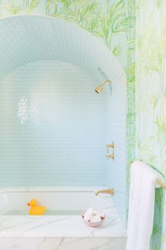 decor greenery to decor bathroom decor and storage for bathroom decor cheap decor kohls elle decor decor and pictures decor online Childrens Bathroom, Kid Bathroom Decor, Bathroom Interior, Home Interior, Interior Design, Zebra Bathroom, Bathroom Designs, Ocean Bathroom, Gold Bathroom