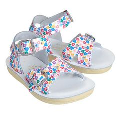 Salt Water Sandals «Sweetheart» with flowers @weloveyouloveshop  #weloveyoulove #weloveyouloveshop #saltwater #sandals #flowers #sweetheart