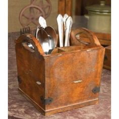 Vintage Style Wooden Cutlery Silverware Holder