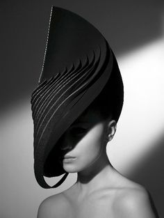 Fashion Architecture - 3D sculptural fashion design; architectural head piece // Zara Gorman