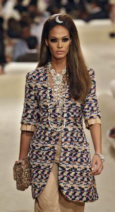 vidrio Tilda Swinton, Karl Lagerfeld, Chanel Dubai, Mannequins, New Look, Feminine, Rompers, Dresses With Sleeves, Long Sleeve