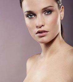 10 alimenti per avere una pelle luminosa  http://ambientebio.it/10-alimenti-per-avere-una-pelle-luminosa/