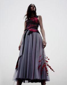 Кристофер Кейн создал коллекцию к премьере «Красавицы и чудовища»