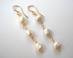 Nugget Pearl Earrings  Beaded Earrings Gold by VeronicaRussekJoyas