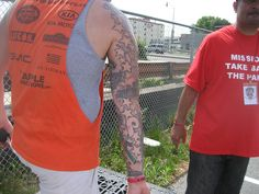 Jeremy's arm by PhilliesNation, via Flickr