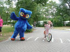 Cobus Owl - Netherlands  #mascot #costume #character #owl #TheNetherlands