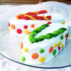 This flip-flop cake is perfect for any spring or summer birthday! It's colorful. It's easy to make. And it has ingredients like ice cream, pound cake and whip cream. Now that's a dessert we can get behind.