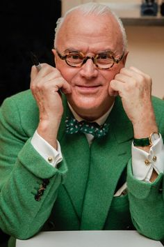 Manolo Blahnik, a man who inspires any upcoming Footwear Designer. He reimagines, perfects, and designs masterpieces.