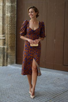 Vestido fiesta zara, zapatos justfab, bolso mano madera mango, invitada perfecta, invitada a boda, pelo corto rubio, pixie hair cut bob Look Formal, Zara, Tenerife, Shades Of Blue, Dress To Impress, What To Wear, Spring Summer, Bohemian, Women's Fashion