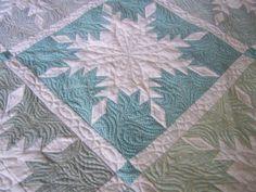 Snowflake quilt cookseyville.blogspot.com