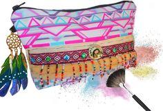 #Trousse à maquillage style amérindienne avec # attrape rêve Venez la découvrir dans la boutique:https://www.alittlemarket.com/trousses/fr_jolie_trousse_maquillage_style_amerindien_azteque_avec_attrape_reve_-19231948.html