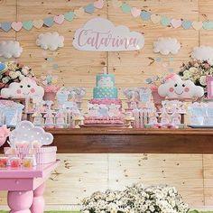 Uma linda decoração no Tema Chuva de Amor! #Repost @perbambinifestas ・・・ Muuuuito amor envolvido!! #chuvadeamor #perbambinifestas #maedemenina #festademenina #festachuvadeamor #festachuvadebencaos #kidsparty #kidspartyideas #festainfantil #chadebebe #maternidade #festa1ano