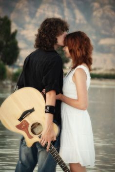 Engagement picture with guitar <3