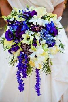 bouquet from Belle the Magazine . The Wedding Blog For The Sophisticated Bride