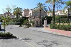 Lovely #townhouse for sale El #Paraiso, #Marbella see http://bablomarbella.com/en/show/sale/25220/lovely-townhouse-in-an-exclusive-gated-urbanisation,-el-paraiso/