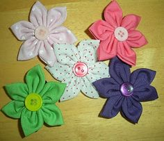 #Tutorial: Another Cute Fabric Flower