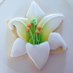 Beautiful lily cookie tutorial