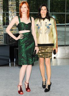 Karen Elson & Tabitha Simmons at the 2012 CFDA Fashion Awards #partysnaps #fashion #cfda #harpersbazaar