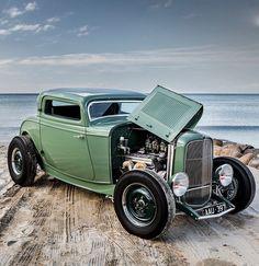 "utwo: "" '32 Ford 3 Window © streetmachine """