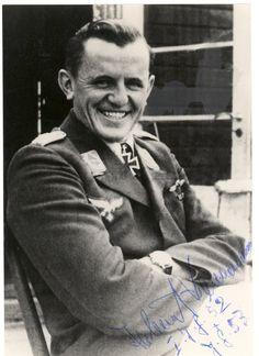 ✠ Helmut Bennemann (16 March 1915 – 17 November 2007) RK 02.10.1942 Hauptmann Kdr I./JG 52