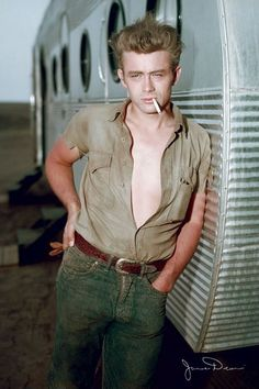 1952 Airfloat trailer with a James Dean leaning on it.