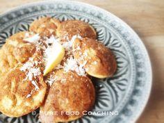 Recept: Amandelmeel poffertjes met kokosrasp
