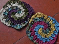 -Up to date squares for the wisecraft sampler afghan.