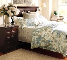 Anyone wanna buy me the Hudson Bedroom Collection from Pottery Barn? Yeah? THNX!