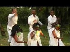 Oromo music, beautiful culture and love, Oromia, East Africa.  Loyii koommee  http://www.youtube.com/watch?v=m5KMaLUwqUc