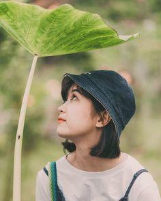 Cute Korean Girl, Asian Girl, Beautiful Vietnam, Street Portrait, Cute Anime Boy, Girl Short Hair, Girl Poses, Ulzzang Girl, Girl Photography