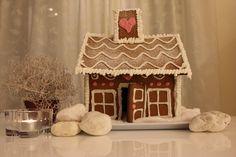 Julgatan 3, Kiruna Gingerbread, Desserts, Tailgate Desserts, Deserts, Ginger Beard, Postres, Dessert, Plated Desserts