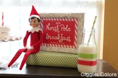 North Pole Breakfast 2012  {via Giggles Galore}