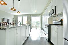 Townhouse, Kitchen Island, Home Decor, Island Kitchen, Terraced House, Interior Design, Home Interior Design, Home Decoration, Decoration Home