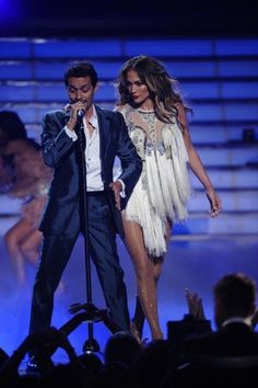 Still of Jennifer Lopez and Marc Anthony in American Idol (2002)