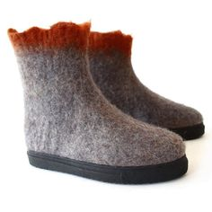 Women's Modern Walking Boots Gray Potter's Clay - Shop Handmade Felt Winter Boots at Felt Forma