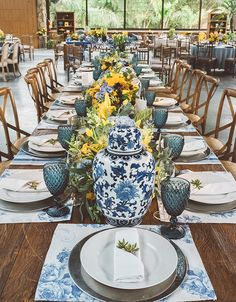 Italian Party, Italian Themed Parties, Wedding Themes, Wedding Decorations, Blue Table Settings, Lemon Party, Spanish Wedding, Table Set Up, Decoration Table